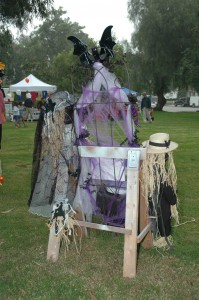 The back of the scarecrow scene.