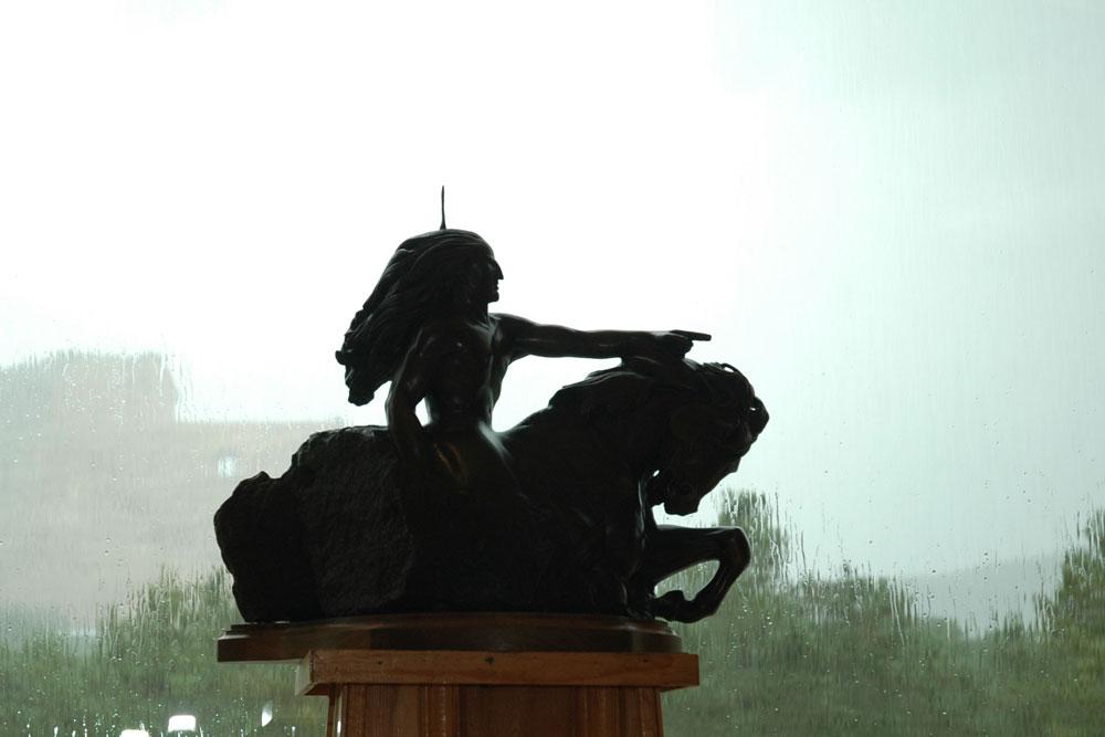 crazy horse bronze model